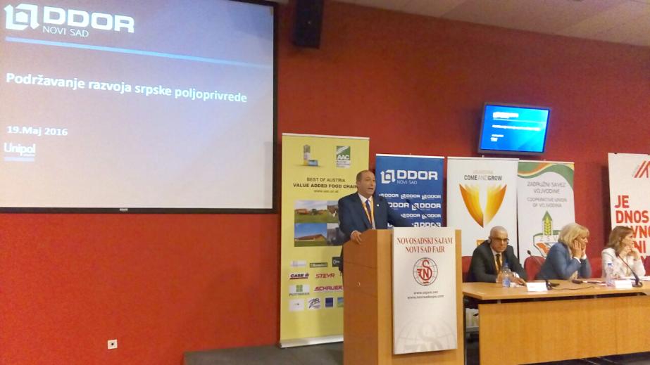 """Generalni direktor kompanije """"DDOR Novi Sad"""" dr Giorgio Marchegiani na konferenciji """"Šansa za agrobiznis - put kroz IPARD fondove""""."""
